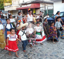 CHanging Identity in La Cruz de Huanacaxtle, Mexico presentation