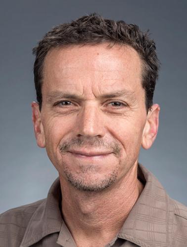 Professor Tom Grothe